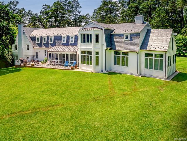 870 SW River Road, West Point, VA 23181 (MLS #1806943) :: Chantel Ray Real Estate