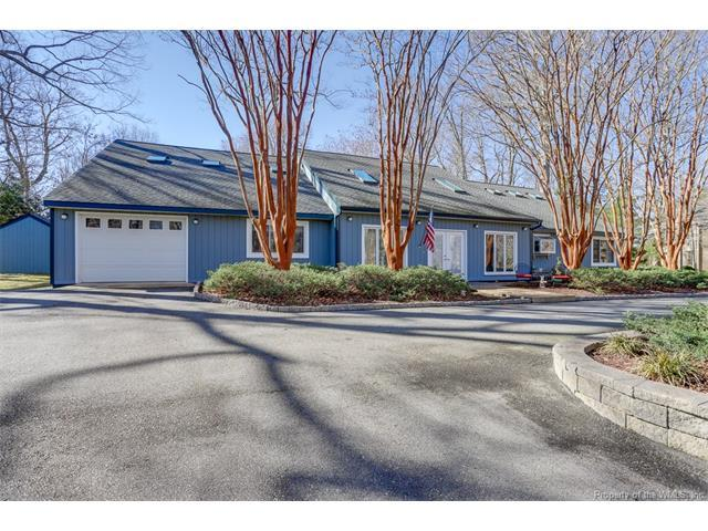 108 Northpoint Drive, Williamsburg, VA 23185 (MLS #1807433) :: Explore Realty Group