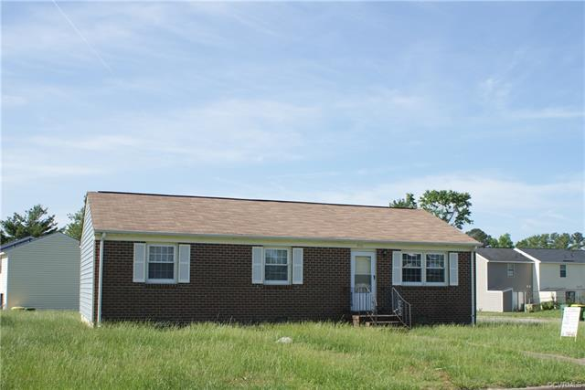 3916 Gloucester Drive, Hopewell, VA 23860 (MLS #1807839) :: Chantel Ray Real Estate