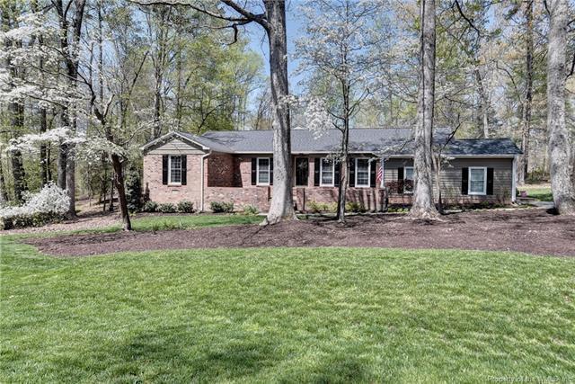 300 Buford Road, Williamsburg, VA 23188 (MLS #1813921) :: Chantel Ray Real Estate
