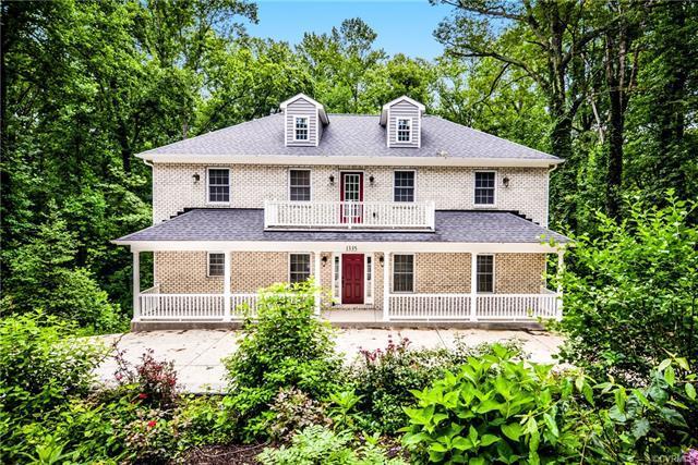 1335 Hioaks Road, Richmond, VA 23225 (#1814783) :: Abbitt Realty Co.