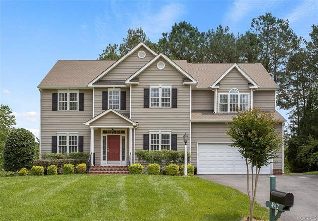 4912 Park Meadows Lane, Glen Allen, VA 23059 (MLS #1822126) :: Chantel Ray Real Estate
