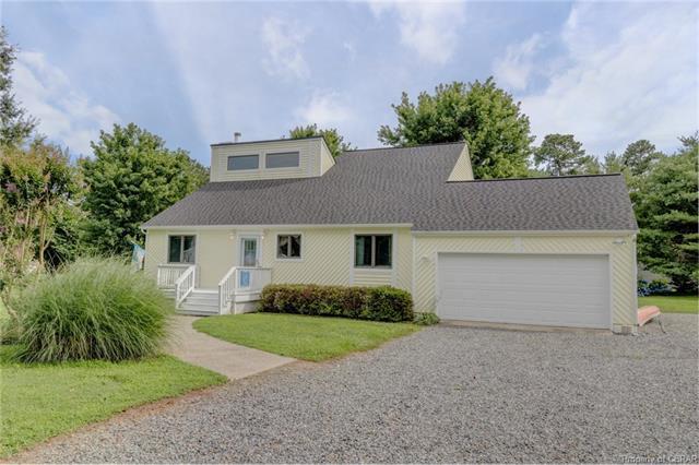 118 Reach Lane, Deltaville, VA 23043 (#1822656) :: Abbitt Realty Co.