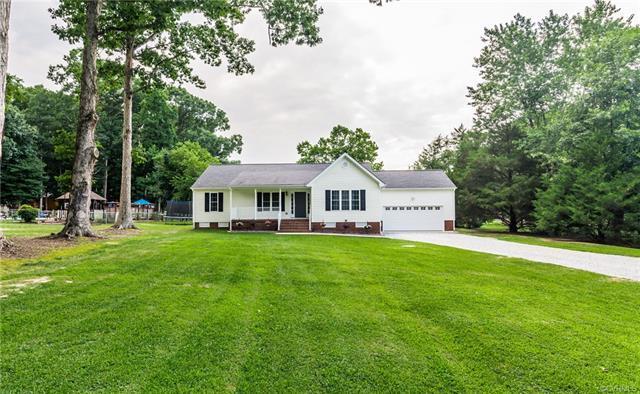 8824 Shewsbury Drive, New Kent, VA 23124 (MLS #1825144) :: The RVA Group Realty