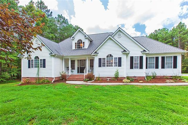 6754 Willow Hill Road, Spring Grove, VA 23881 (MLS #1825893) :: The Ryan Sanford Team