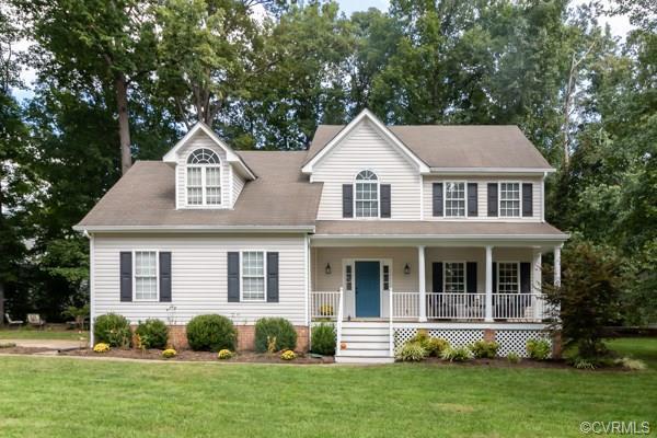 16219 Hampton Summit Drive, Chesterfield, VA 23832 (MLS #1832228) :: RE/MAX Action Real Estate