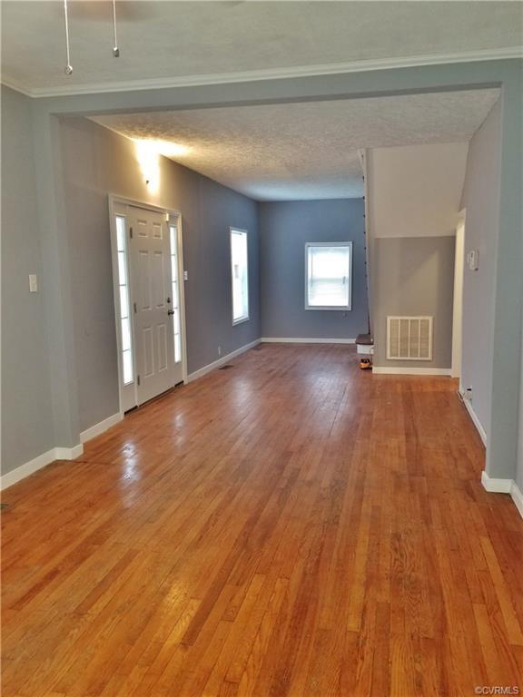 803 E Poythress Street, Hopewell, VA 23860 (#1836086) :: Abbitt Realty Co.