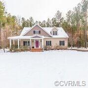 307 Hillsway Drive, Ashland, VA 23005 (#1841100) :: 757 Realty & 804 Homes