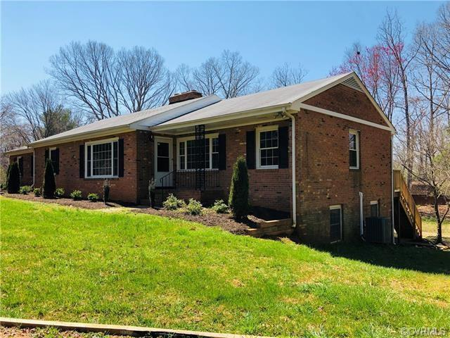 711 St Frances Avenue, Mineral, VA 23117 (#1917495) :: Abbitt Realty Co.