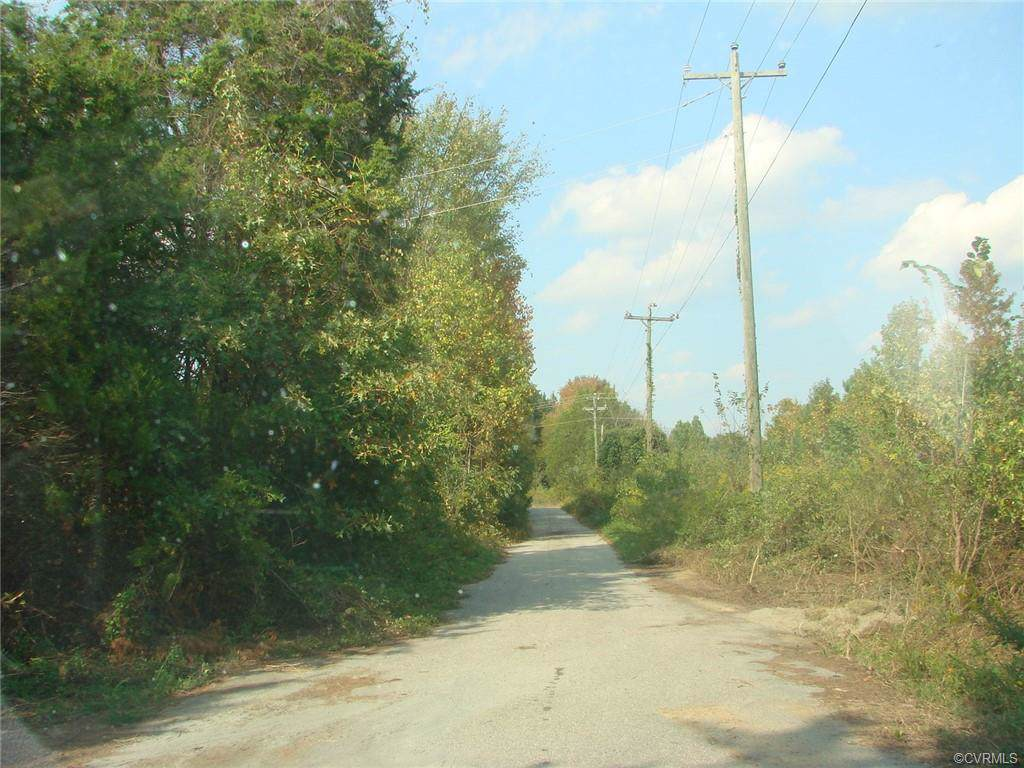 4.246 acres County Drive - Photo 1
