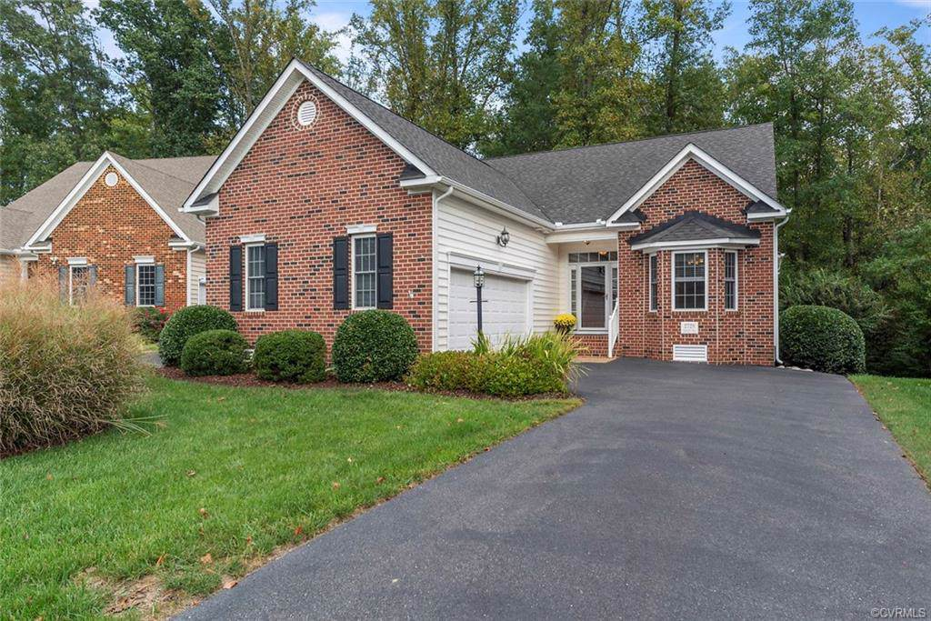 2728 Parview Way - Photo 1