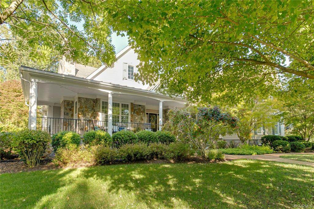 517 Raleigh Manor Road - Photo 1