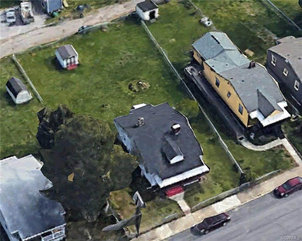 1604 Dinwiddie Avenue - Photo 1