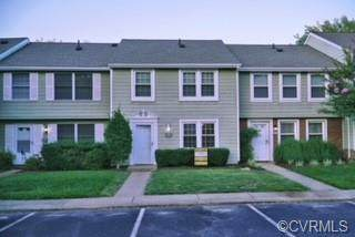 9725 Candace Terrace, Glen Allen, VA 23060 (MLS #2120701) :: EXIT First Realty