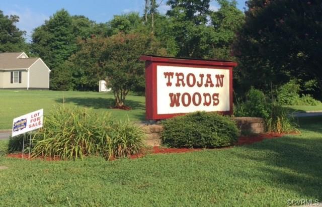 4609 Wooden Horse Lane, South Chesterfield, VA 23803 (#1603637) :: Abbitt Realty Co.
