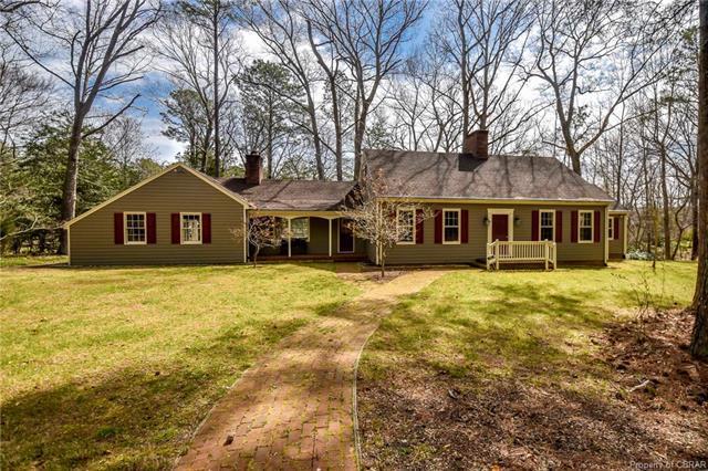 1950 Laurel Point Road, Lancaster, VA 22503 (#1707912) :: Abbitt Realty Co.