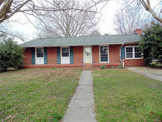 2004 Lee Street, West Point, VA 23181 (MLS #1802273) :: Chantel Ray Real Estate