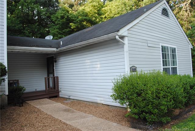 5400 Horan Court, Williamsburg, VA 23188 (MLS #1819675) :: Chantel Ray Real Estate
