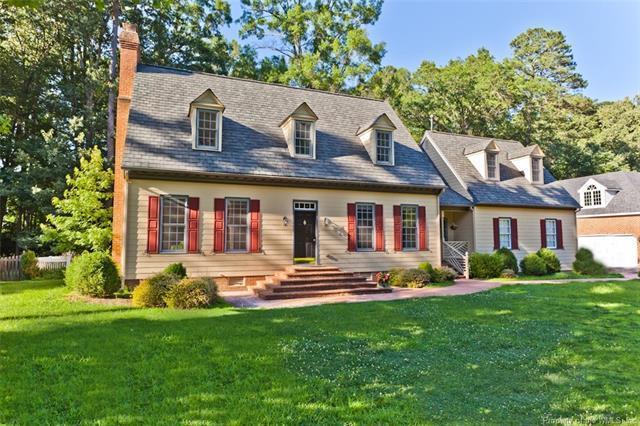 2032 Back River Lane, Williamsburg, VA 23185 (#1821580) :: Abbitt Realty Co.