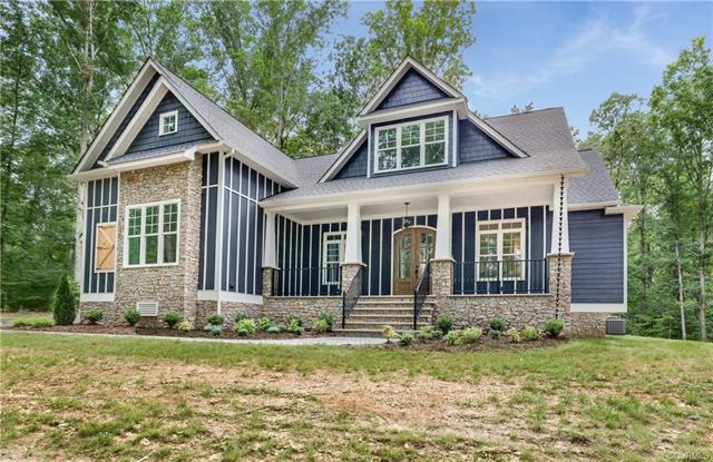 3021 W Maple Grove Lane, Powhatan, VA 23139 (MLS #1823096) :: Explore Realty Group