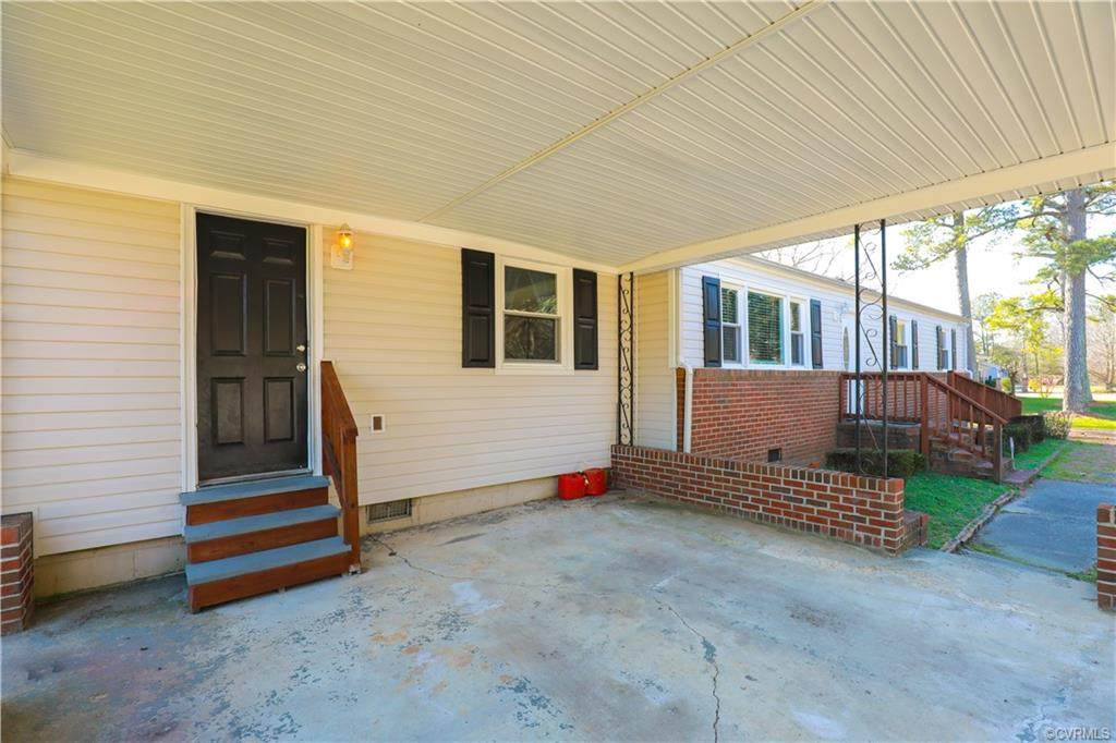 7805 River Road - Photo 1