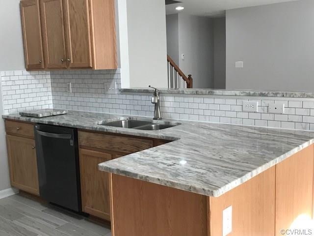 7418 Silver Mist Avenue, Chesterfield, VA 23237 (MLS #1810567) :: RE/MAX Action Real Estate