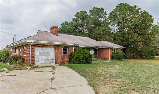 931 Greys Point Road, Topping, VA 23169 (#1838032) :: Abbitt Realty Co.