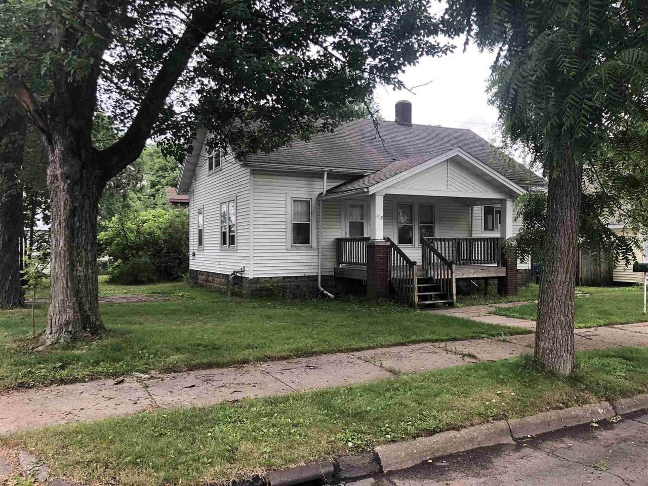 109 Miller Avenue - Photo 1