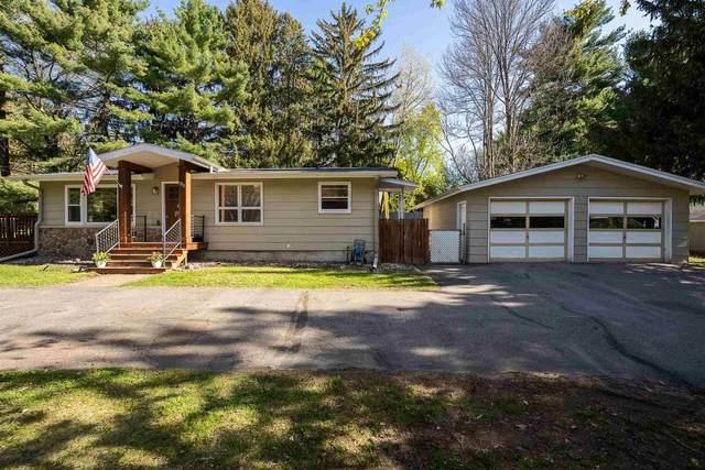 2818 Pine Ridge Boulevard, Wausau, WI 54401 (MLS #22102218) :: EXIT Midstate Realty