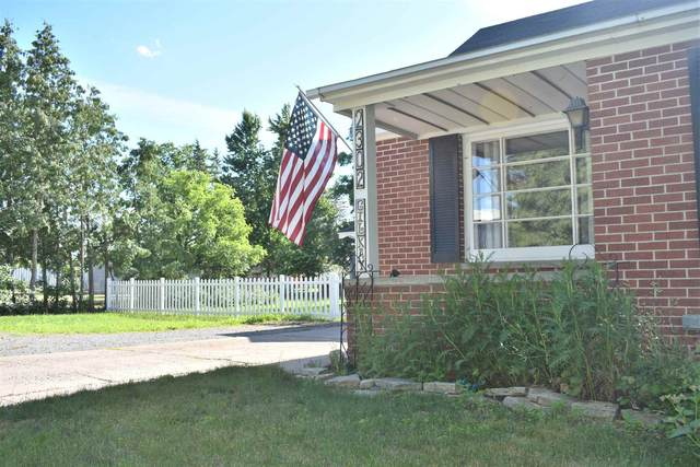 2302 Gilkay Street, Stevens Point, WI 54481 (MLS #22103263) :: EXIT Midstate Realty
