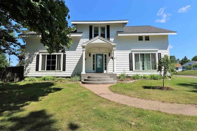 402 N Prospect Street, Merrill, WI 54452 (MLS #22103718) :: EXIT Midstate Realty