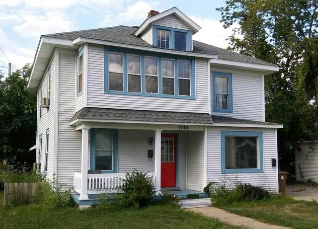1734 Boyington Avenue, Stevens Point, WI 54481 (MLS #22104030) :: EXIT Midstate Realty