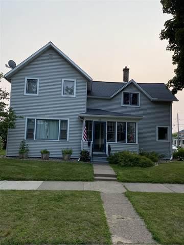 614 Chippewa Street, Merrill, WI 54452 (MLS #22104050) :: EXIT Midstate Realty