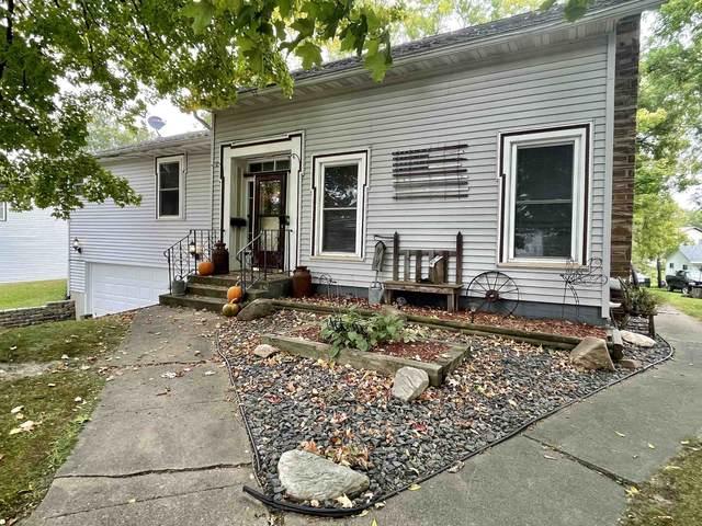 1005 Hewett Street, Neillsville, WI 54456 (MLS #22105369) :: EXIT Midstate Realty