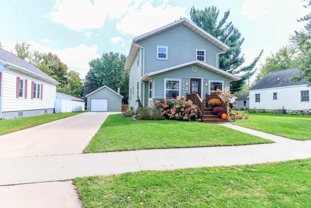 707 N Maple Avenue, Marshfield, WI 54449 (MLS #22105431) :: EXIT Midstate Realty