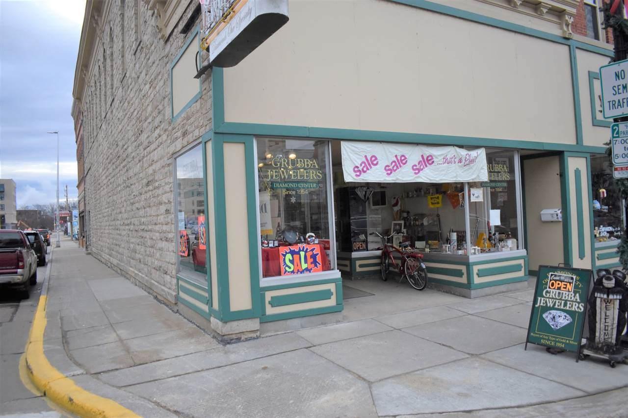 949 Main Street - Photo 1