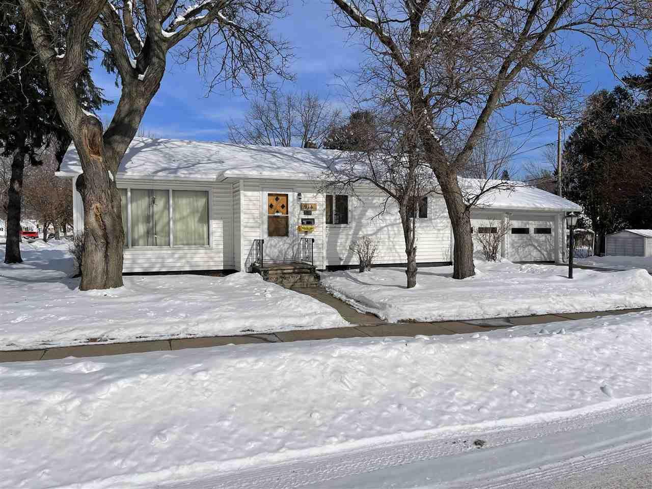 914 Oak Street - Photo 1