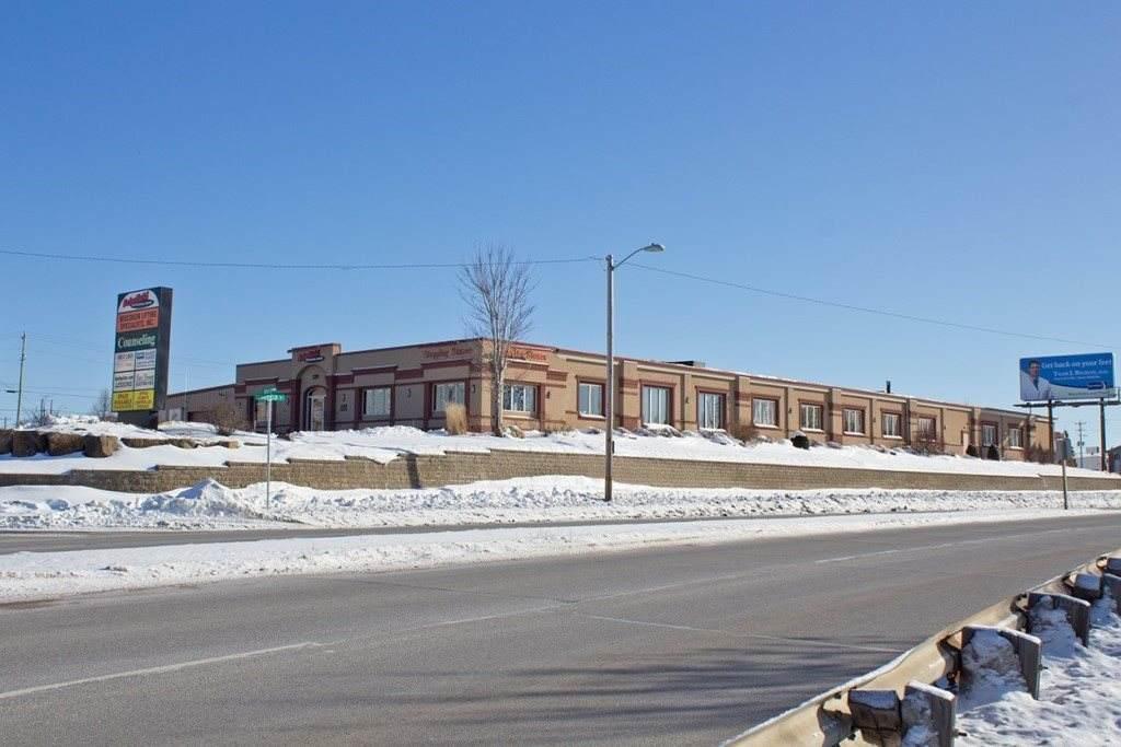 219-Suite 101 Ross Avenue - Photo 1