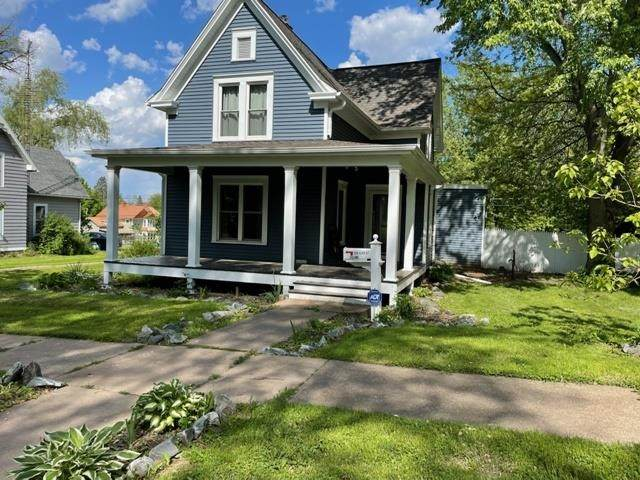 209 Clay Street, Neillsville, WI 54456 (MLS #22102682) :: EXIT Midstate Realty