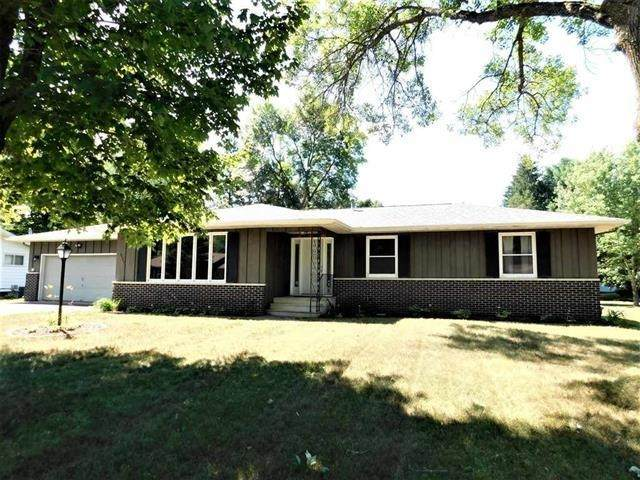 1603 Harvey Avenue, Rothschild, WI 54474 (MLS #22103662) :: EXIT Midstate Realty