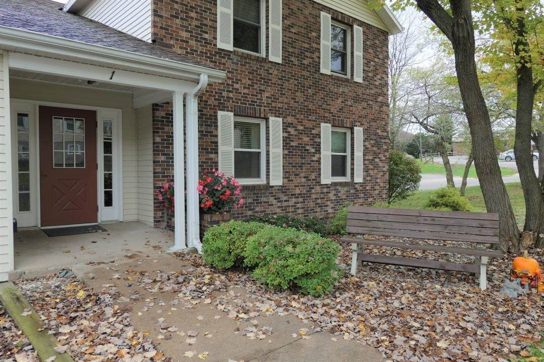 3142 Westhill Drive - Photo 1