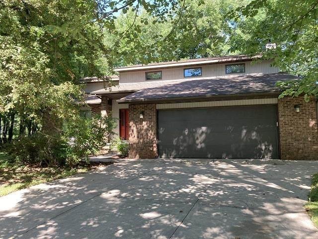 213 Greenwood Drive - Photo 1