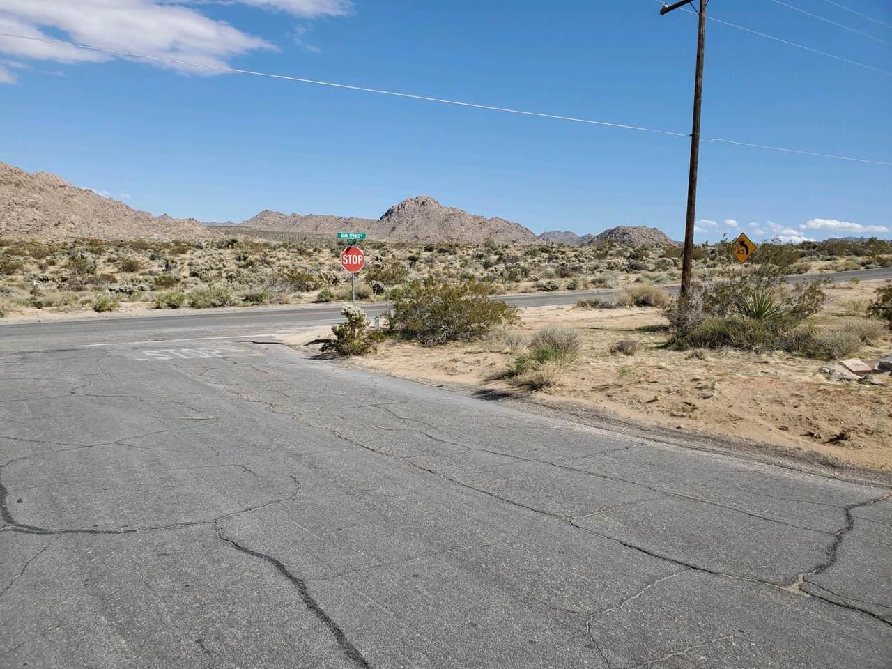 61786 Pueblo Trail - Photo 1