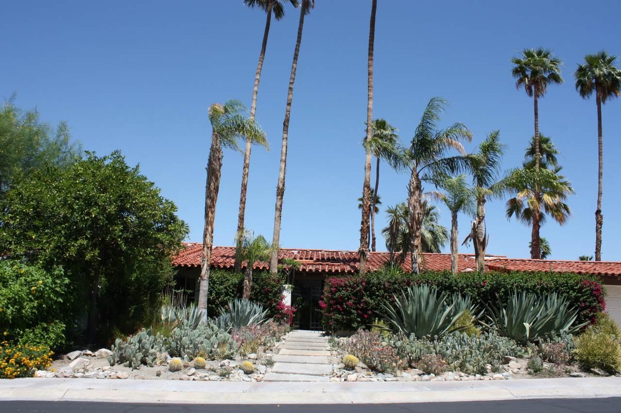 40320 Via Los Altos - Photo 1