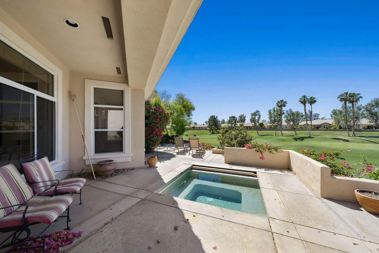 78373 Golden Reed Drive - Photo 1
