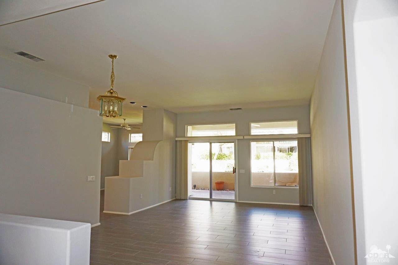 38562 Fallbrook Avenue - Photo 1