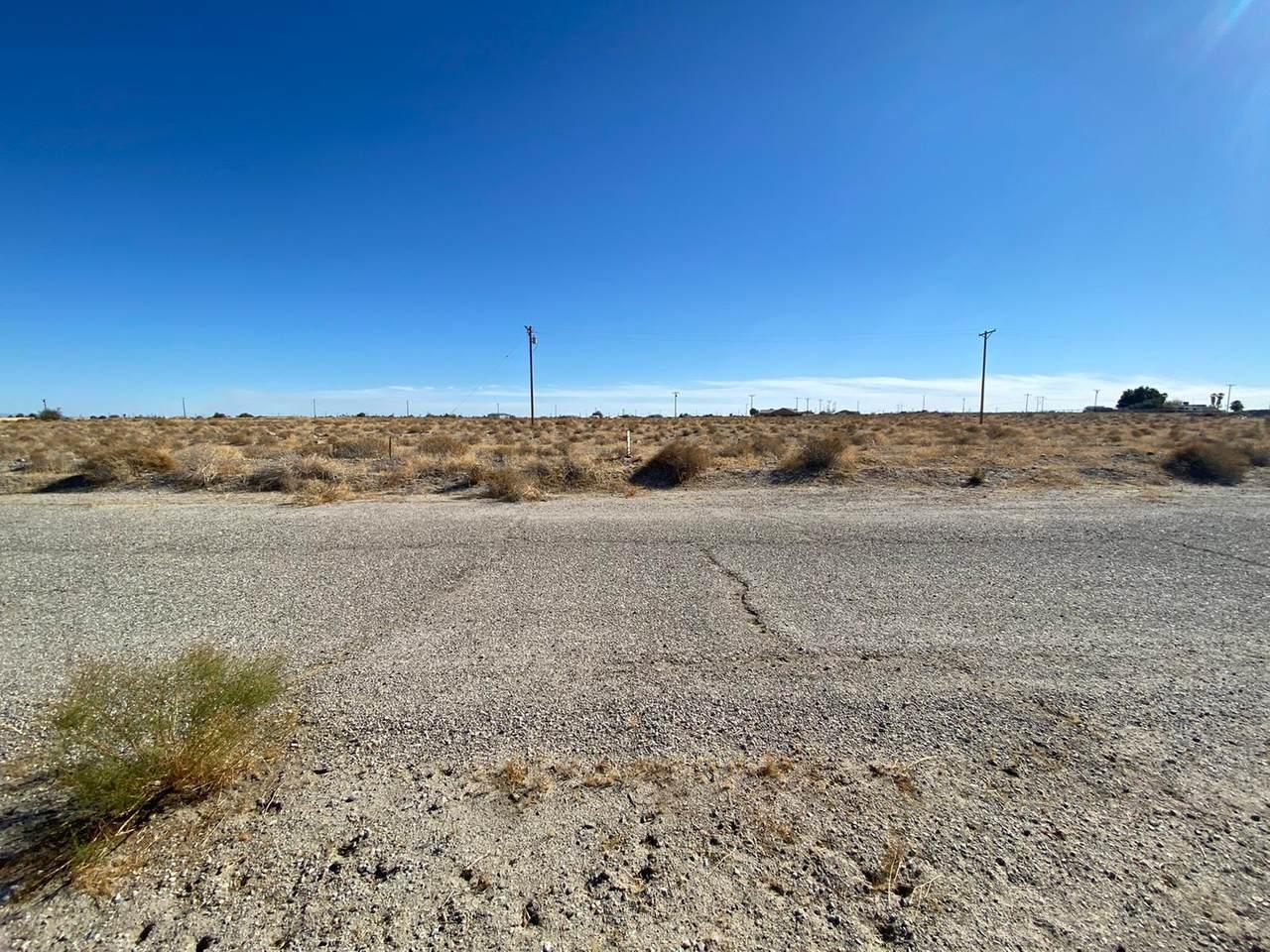 2554 Desert Drive - Photo 1
