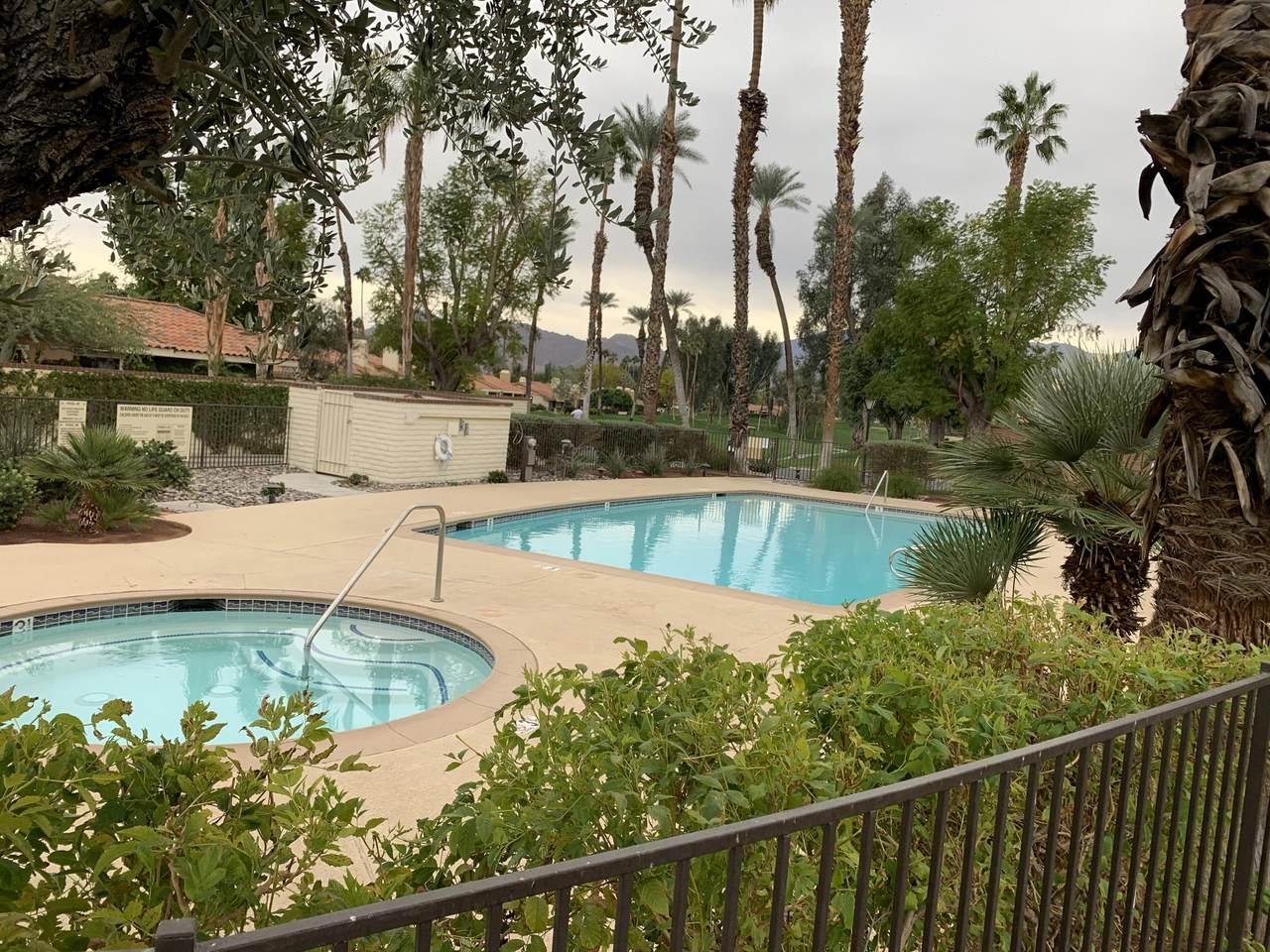 266 Santa Barbara Circle - Photo 1