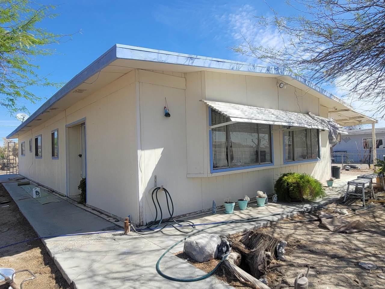 1306 Carpenteria Avenue - Photo 1