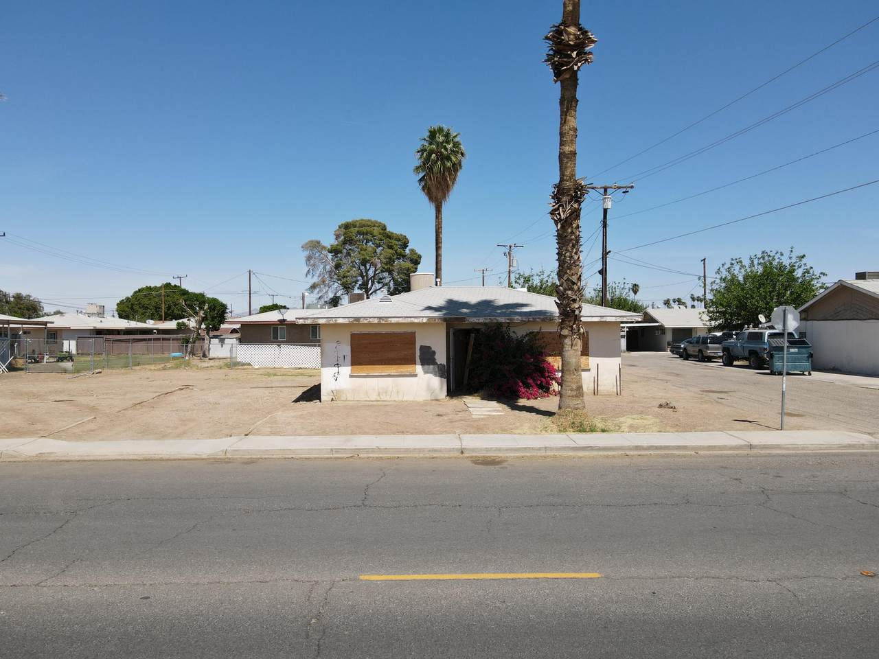 302 5th Street - Photo 1